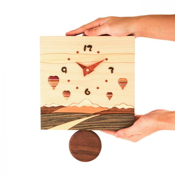 工房 Pecker-寄木鐘擺時鐘
