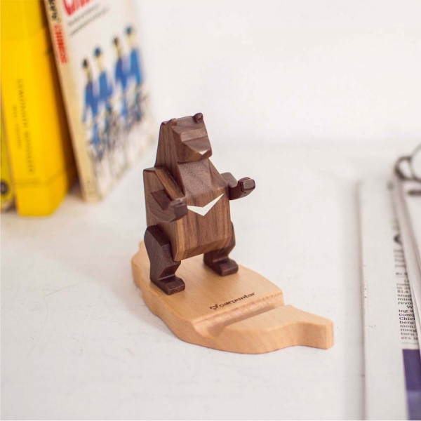 Taiwan Black Bear Smart phone holder