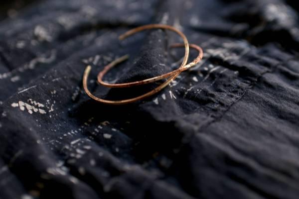 MUCAO | 蝕 solar eclipse系列:細黃銅C型單圈手環