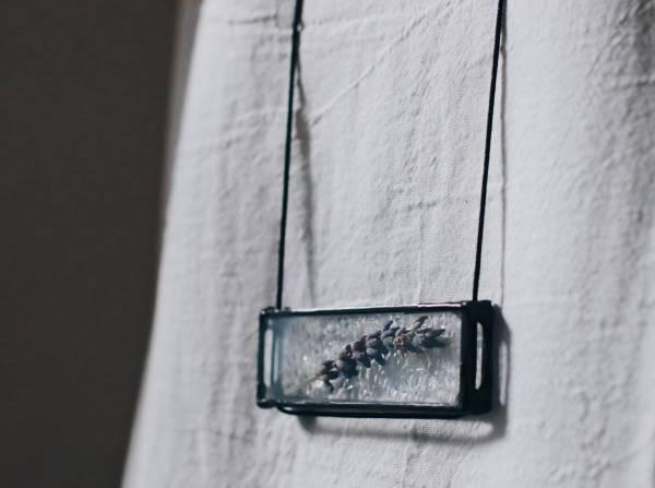 真真鑲嵌玻璃研究所 | 可直戴與橫戴的植物項鍊