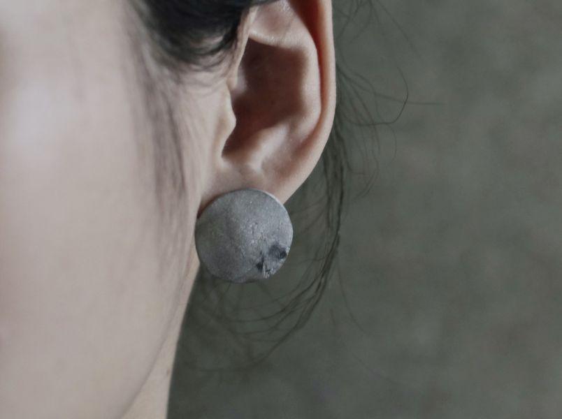 伴哲生錫飾品_圓形耳環 耳針款