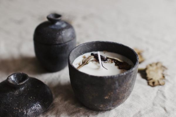 地衣荒物 X nag.19 中藥調香陶罐蠟燭系列 | 碳黑陶罐_ 大