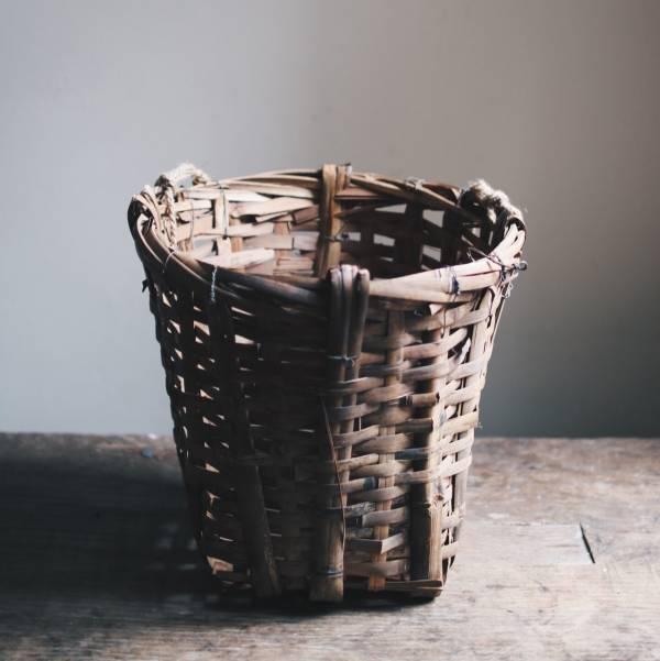早期竹編採摘籃
