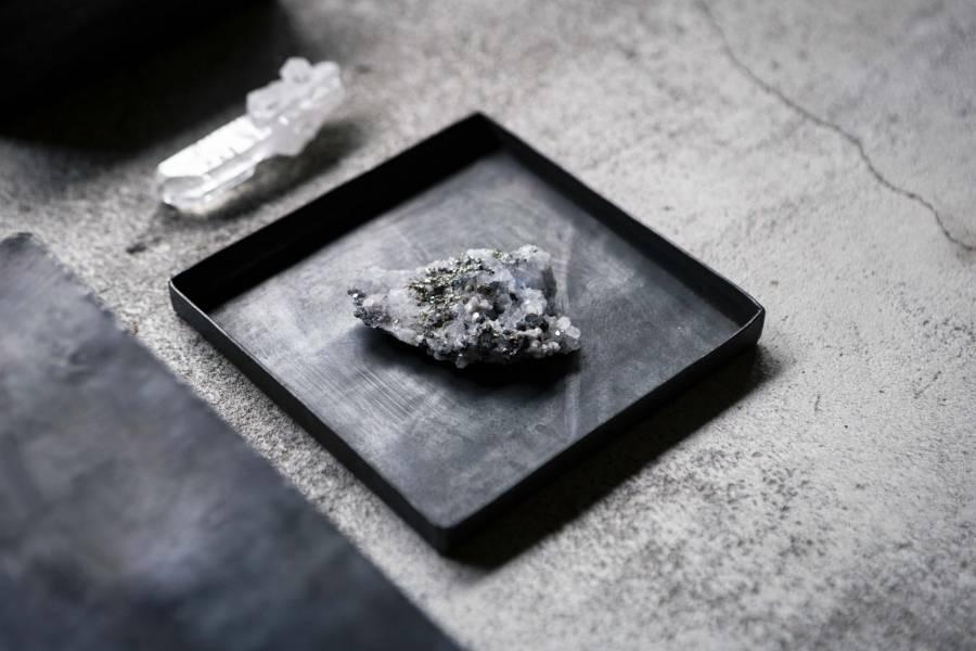 【獻 offering】礦石線香座 水晶x魚眼石x黃鐵礦