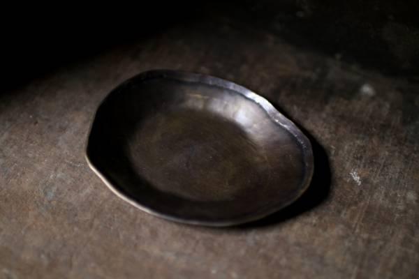 隙裏有光|黃銅_長形折邊小鉢