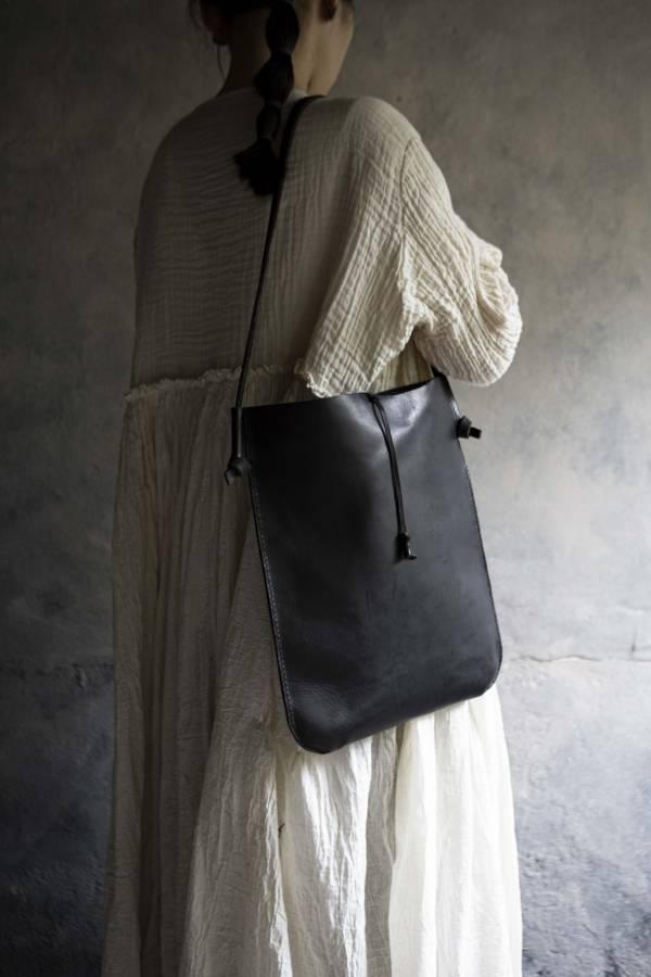 森林燦燦|皮件系列  中型立式側背包