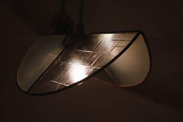 真真鑲嵌玻璃研究所 l 半圓屋形吊燈 l 十字紋