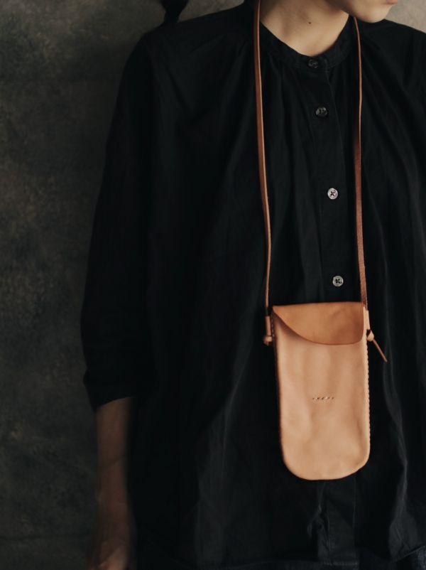 森林燦燦|皮件系列 手機包(二色)