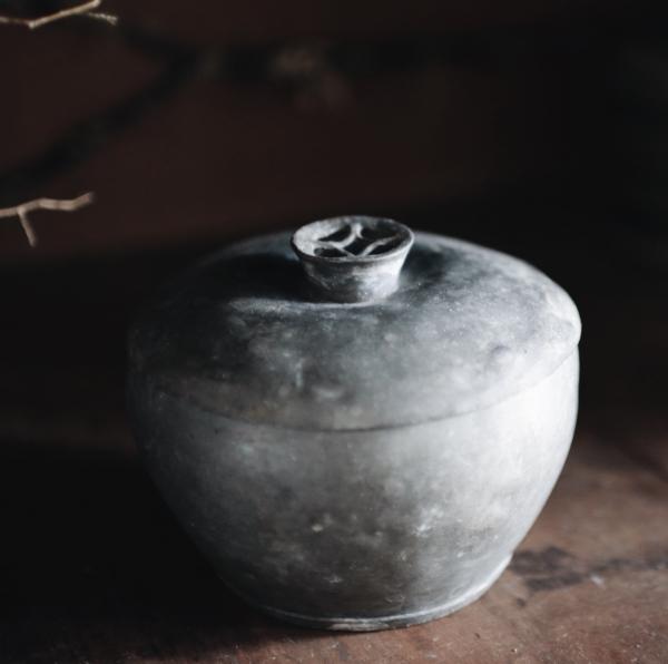 古董錫製粉撲盒