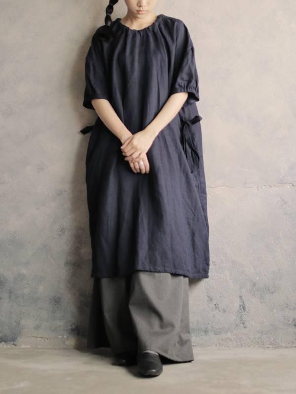 Once:Nice|隔離衣結構後襟對綁長洋裝_深藍棉麻