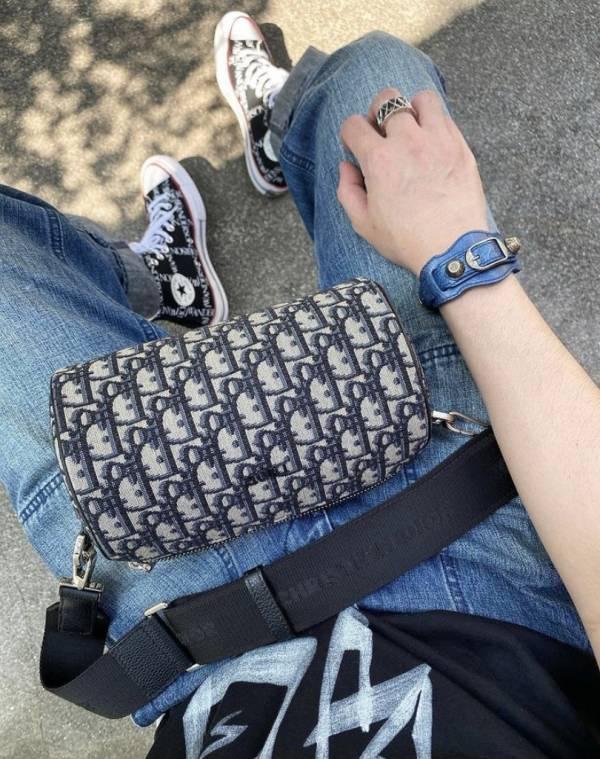 Dior 迪奧 Oblique Roller 郵差緹花肩背包