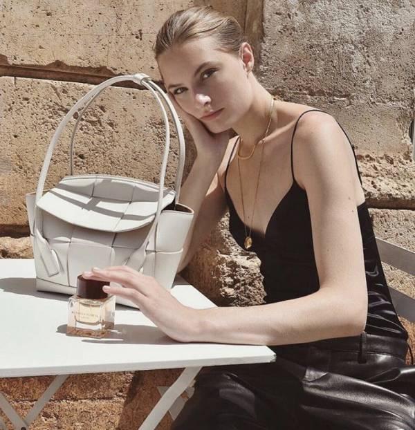 Bottega Veneta Mini Arco 29 小牛皮兩用包 白色