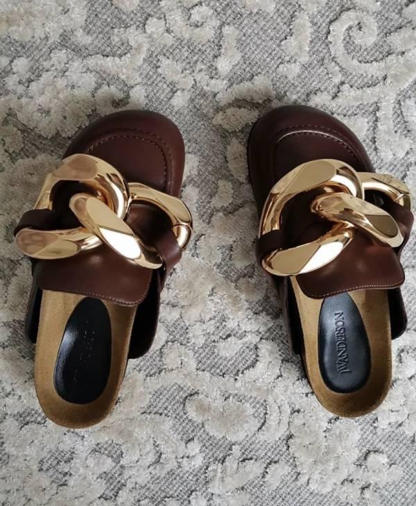 JW Anderson 小牛皮金鍊裝飾女款平底鞋/拖鞋 焦糖棕  IT35/36/37/38/39