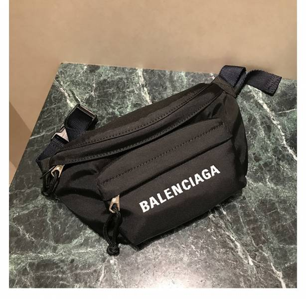 Balenciaga 569978 Wheel 經典刺繡 女款科技纖維 腰包/胸前斜背包