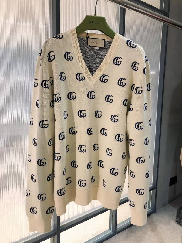 Gucci 男款 雙G提花羊毛V領毛衣上衣    M/L