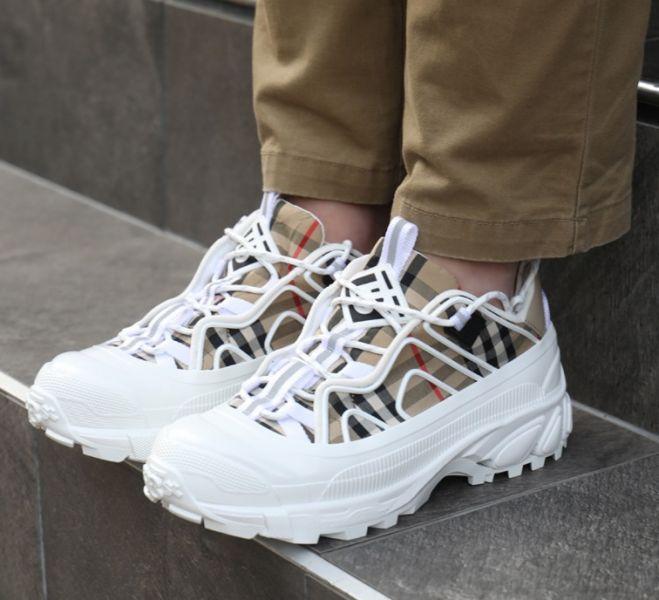 Burberry 男款 80372541 Vintage 格紋棉質拼皮革Arthur 運動鞋  IT 39/39.5/40/40.5/41/41.5/42/42.5/43/44