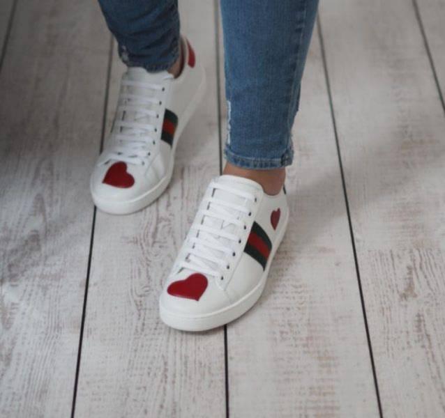 Gucci 女款Ace系列蘋果刺繡皮革運動鞋    IT 35/35.5/36/36.5/37/37.5/38 偏大半碼建議選擇小半號