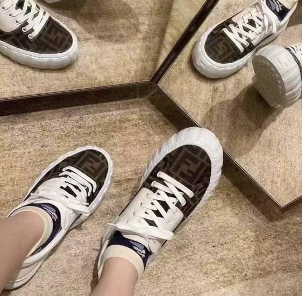 Fendi 女款Force 棕色布料和皮革低筒鞋 IT 35/36/36.5/37/38/38.5/39/40 DIOR