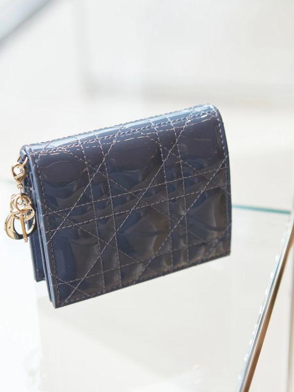 Dior Cannage 藤格紋 漆牛皮 Lady Dior 短夾錢包 深丹寧藍色 Bottega Veneta