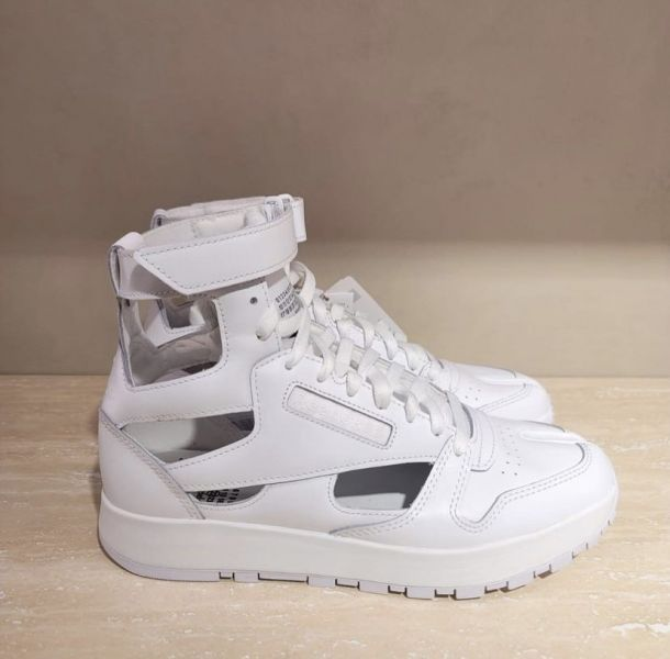 Maison Margiela x Reebok 女款  Gladiator 皮革運動鞋  白色  IT 36/37.5/38.5/39/40 Bottega Veneta