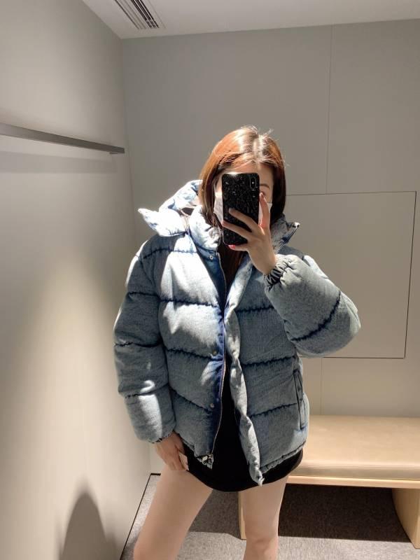 Miu Miu 女款水洗丹寧絎縫羽絨服外套     38 XS / 42 S /44 M