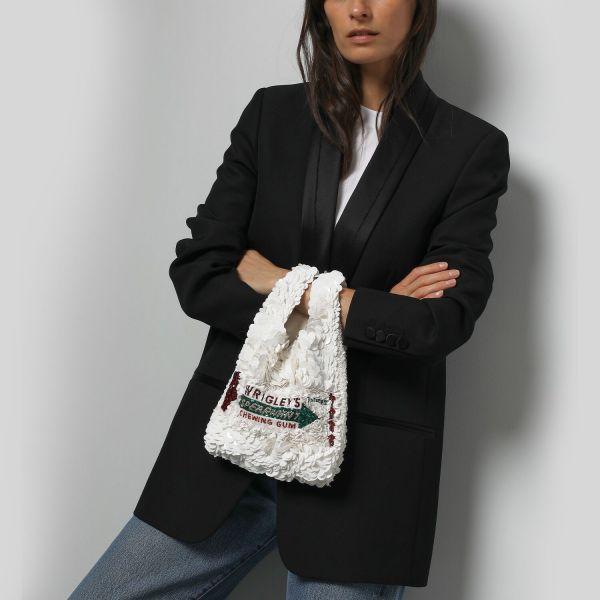 Anya Hindmarch 聯乘箭牌口香糖立體珠片手提包