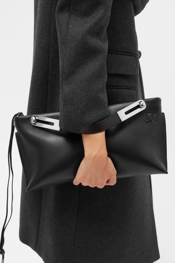 Loewe Missy Nappa 皮革 大款 3用包 黑色