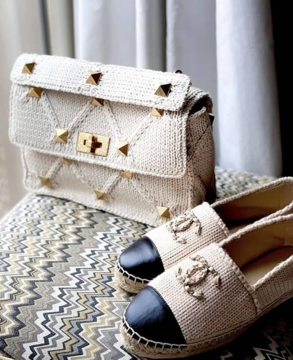 Valentino Roman 羊皮大鉚釘羅紋針織羅馬 2用包