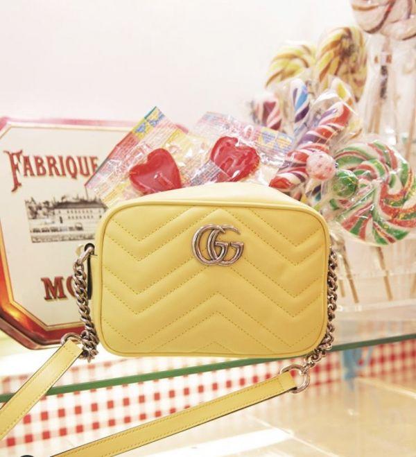Gucci GG Marmont Mini 波浪紋絎縫相機包 檸檬黃色
