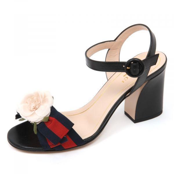 Gucci 453429 女款玫瑰花緞帶裝飾小牛皮露趾高跟涼鞋 黑色  EU 37/39