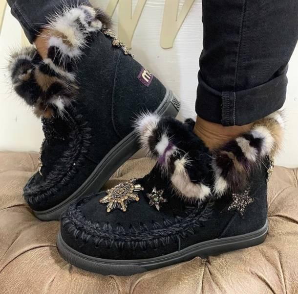 Mou英國頂級愛斯基摩Eskimo 彩色貂毛飾邊羊毛運動靴鞋 黑色    IT 36/37/38/39/40/41 YSL COLLEGE學院包