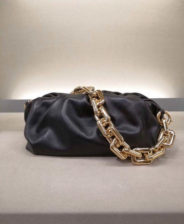 Bottega Veneta  BV Chain 金鍊雲朵包 黑色