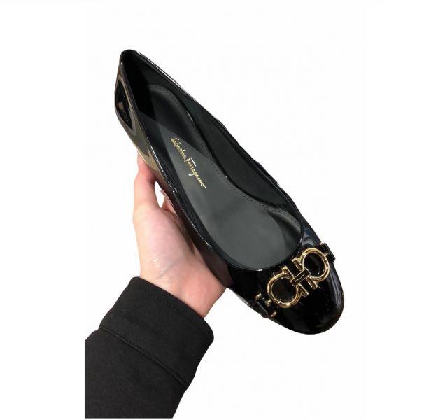 Salvatore Ferragamo 女款 Garda 漆皮1.5CM芭蕾低跟鞋  黑色    IT35/35.5/36/36.5