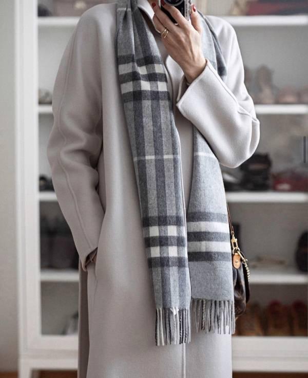 Burberry Vintage 格紋經典喀什米爾圍巾 灰色     168X 30 cm
