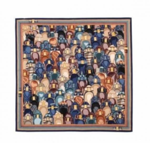 Salvatore Ferragamo 菲拉格慕經典芭蕾鞋圖騰 藍色  90x90 羅緞絲質大方巾