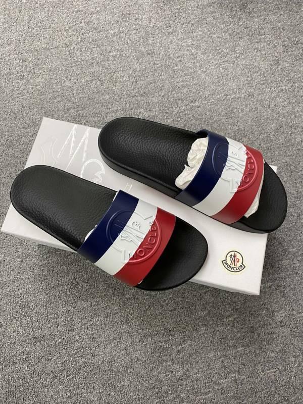 Moncler 男款輕型條紋橡膠涼拖鞋  黑色  IT 39/40/41 Bottega Veneta