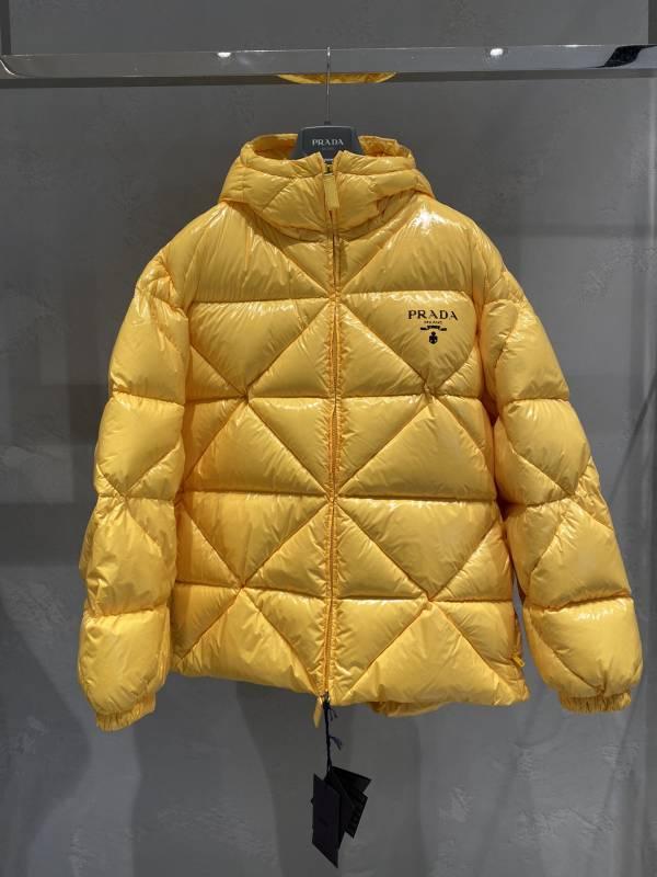 Prada 女款加襯 Re-Nylon 夾克/上衣 IT 40 S/42 M