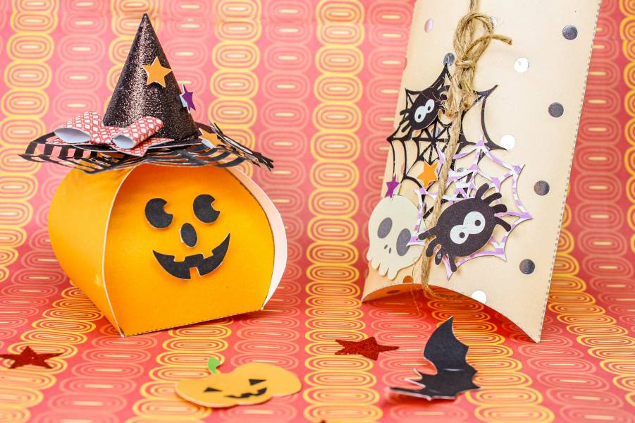 Halloween  surprise box