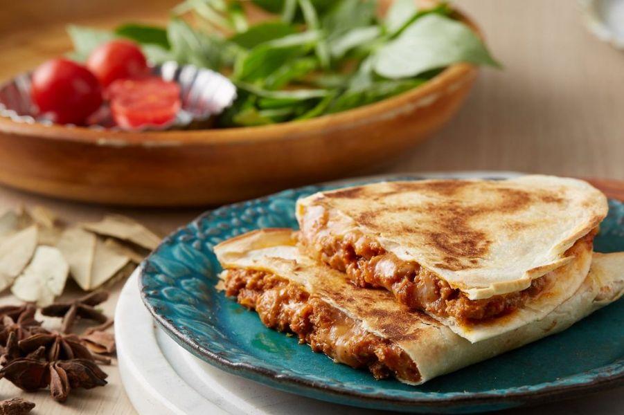墨美味|墨西哥肉醬起司餡餅 [1入] [135g] [20cm半圓] 墨西哥肉醬,研磨香料,黑毛豬肉,起司餡餅,墨西哥餡餅,墨美味