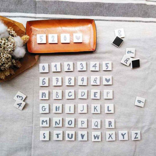| 白色系 WHITE | 字母瓷磚磁鐵 - 1入 英文字母,瓷磚,磁磚,異方性軟磁鐵,冰箱磁鐵,黑板磁鐵,留言板磁鐵,原印臺南,生日禮物,聖誕禮物,祝賀禮物,結婚禮物,節慶禮物,交換禮物,伴手禮,禮贈品,紀念品,情人節,母親節,父親節,兒童節,台南,台灣,文創
