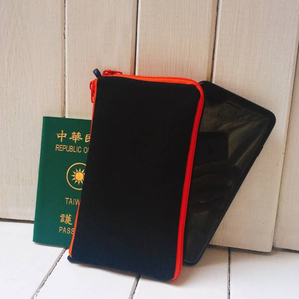 多功手機包 Plus & Max (黑) 接單生產* 手機袋,phonebag,携帯カバー,手機包,隨身小包,手工包,包包,Purses,かばん,カバン,鞄,手作包,布包 ,handmadebag,バッグ,ポーチ,布小物,布小物雑貨