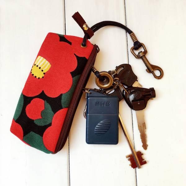 拉鍊鑰匙包 (山茶花) 日本布 接單生產* 鑰匙包,keyholder,鑰匙收納,キーケース,kyecase,隨身小包,客製化,KeyPouch,KeyPocket,キーホルダー,HandmadeKeyCase