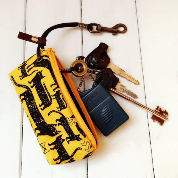 拉鍊鑰匙包 (條條貓) 接單生產* 鑰匙包,keyholder,鑰匙收納,キーケース,kyecase,隨身小包,客製化