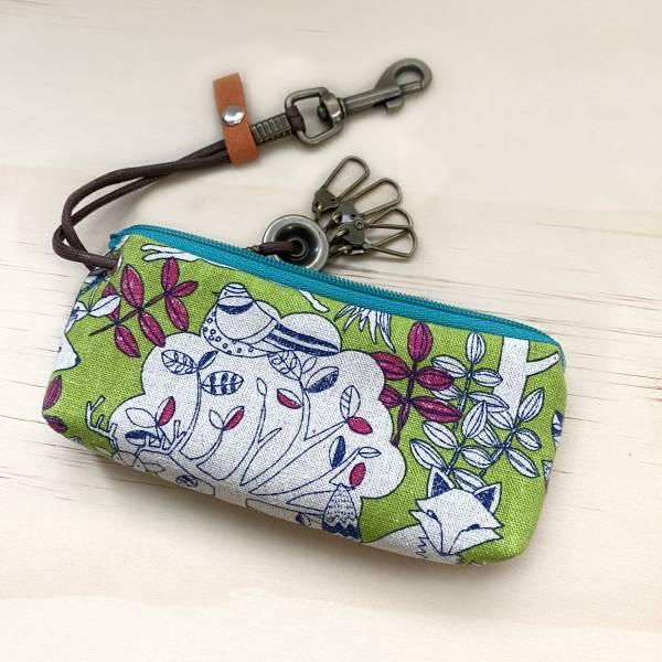 拉鍊鑰匙包 (動物森林-綠) 日本布 接單生產* 鑰匙包,keyholder,鑰匙收納,キーケース,kyecase,隨身小包,客製化