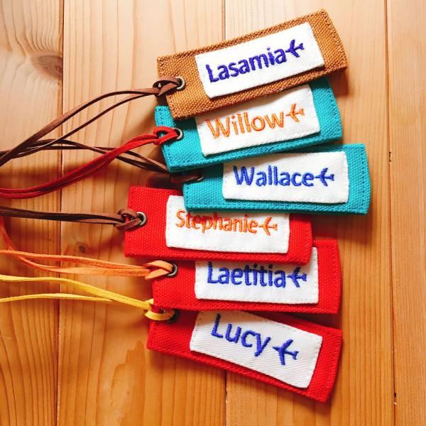 刺繡字行李吊牌 接單生產* 刺繡字,刺繡名字,客製化,行李吊牌,畢業禮,情人節,聖誕節,交換禮物,伴手禮,旅行識別,團體旅遊,同好社團,學號牌