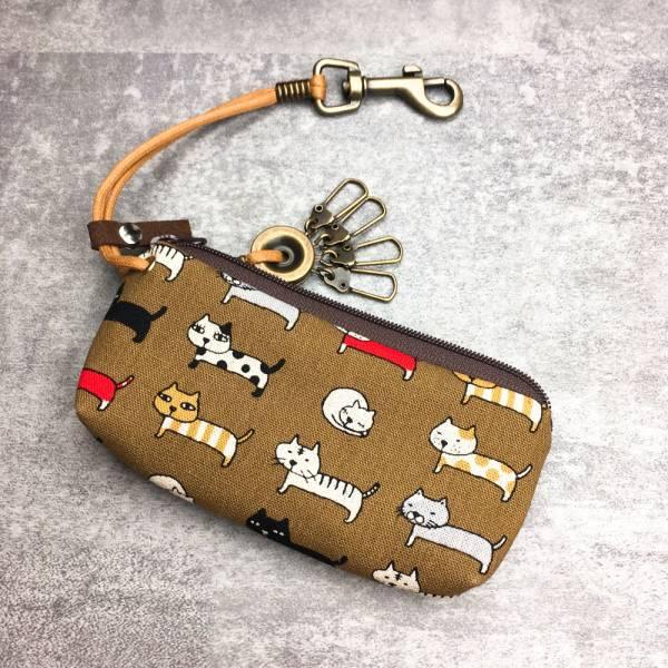 拉鍊鑰匙包 (咖啡排排貓) 日本布 接單生產* 鑰匙包,keyholder,鑰匙收納,キーケース,kyecase,隨身小包,客製化