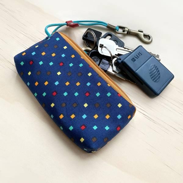 拉鍊鑰匙包 (繽紛小方格-藍) 日本布 接單生產* 鑰匙包,keyholder,鑰匙收納,キーケース,kyecase,隨身小包,客製化