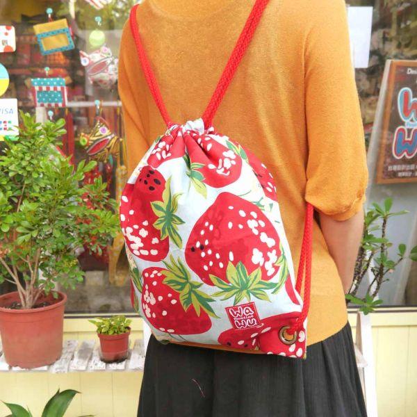 束口後背包 + 小收納袋 (草莓) 日布 束口後背包,環保袋,購物袋, ShoppingBag, エコバッグ,束口袋,後背包