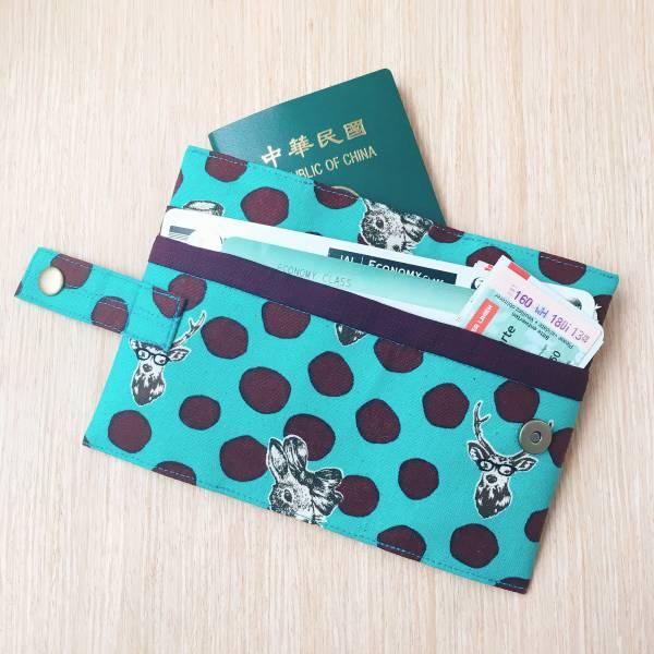 護照套+扣帶 (兔與鹿湖水綠深紫點)  接單生產* 護照套,passportcase,パスポートケース
