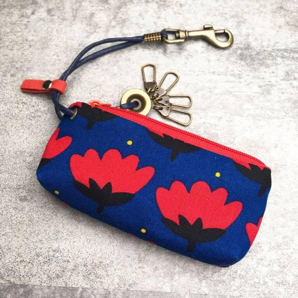 拉鍊鑰匙包 (靛藍花底) 日本布 接單生產* 鑰匙包,keyholder,鑰匙收納,キーケース,kyecase,隨身小包,客製化